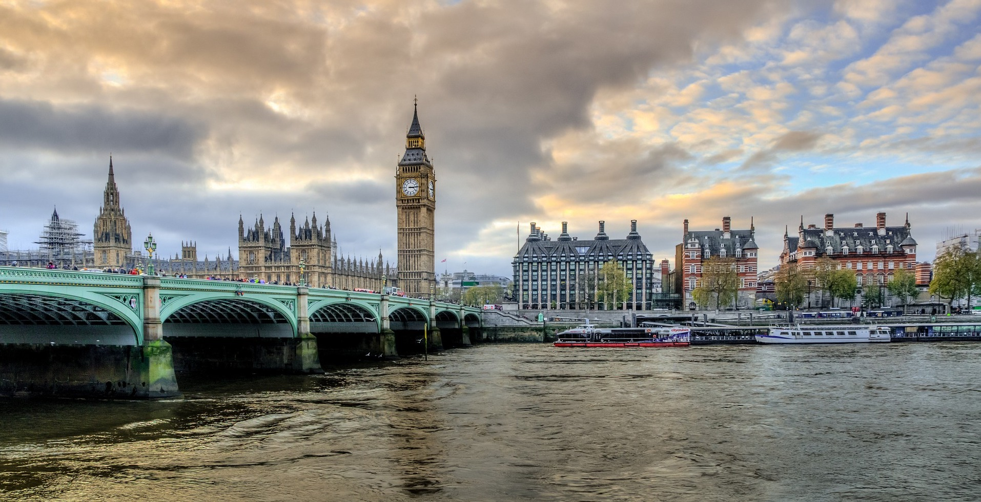 view of Big Ben and Thames in London